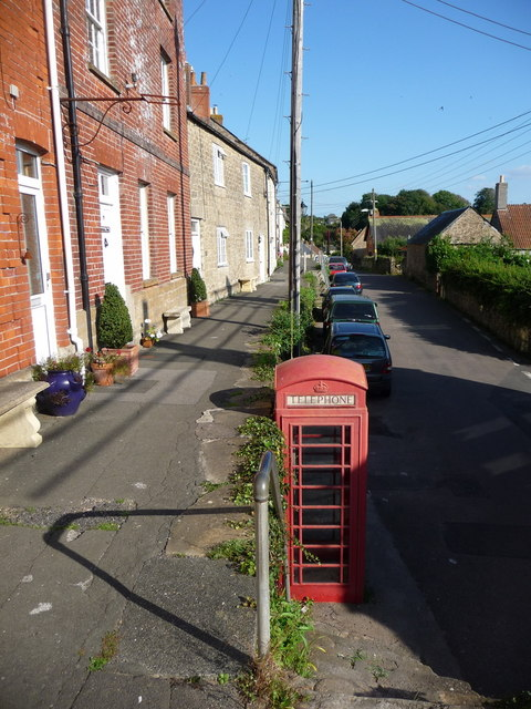 Bothenhampton: east along Main Street
