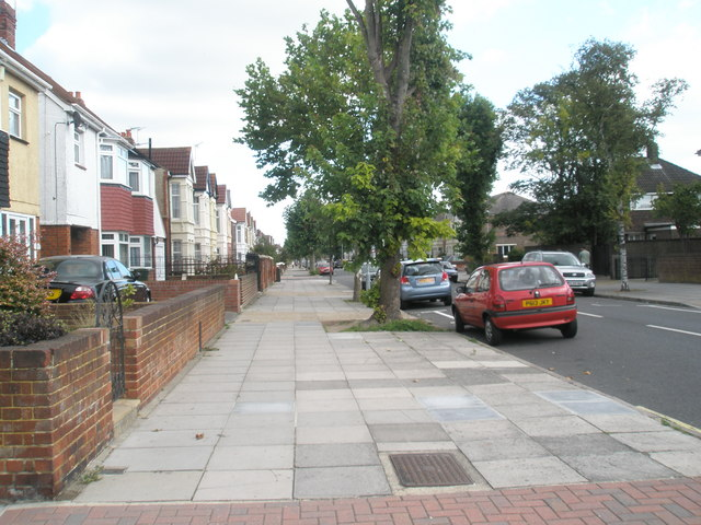 Wide pavement in Kirby Road (looking east)