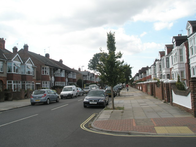 Wide pavement in Kirby Road (looking west)