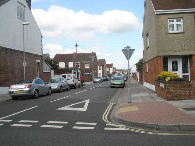 Cyclist in Randolph Road