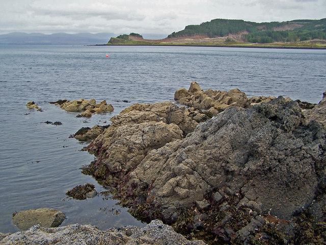 Rocks below Stack Aros