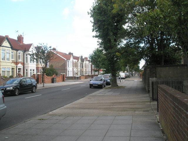 Looking eastwards along Kirby Road towards Crofton Road