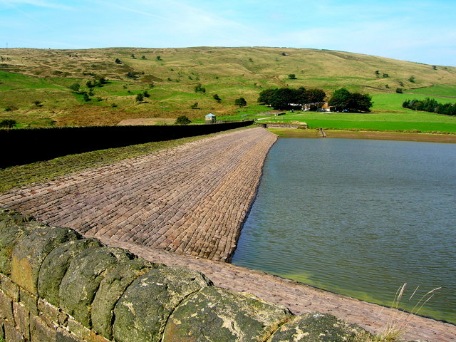 Castleshaw Lower Reservoir dam