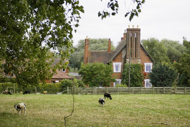 Priory Farm, Studley