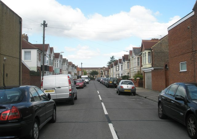 Looking northwards up Kenyon Road towards Mayfield School