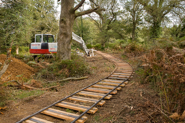 Warwickslade Cutting: laying the railway