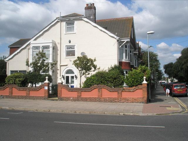 Splendid house on the junction of Kensington and Kirby Roads