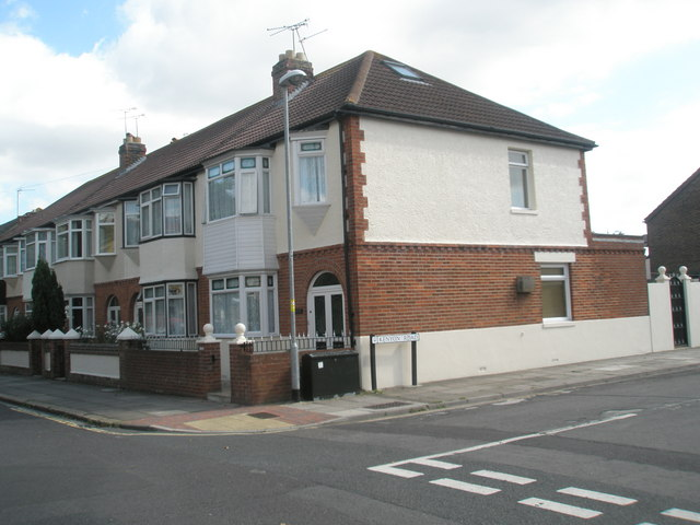 Houses in Mayfield Road