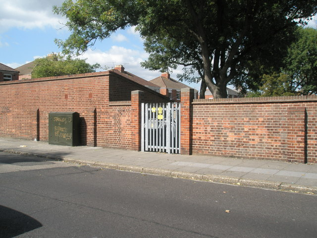 Electricity sub-station in Mayfield Road