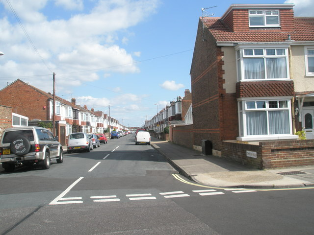 Looking eastwards from Randolph Road along Compton Road