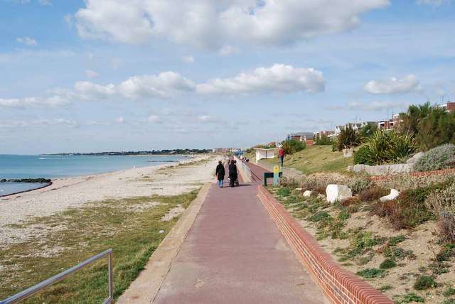 Lee-on-the-Solent promenade and beach