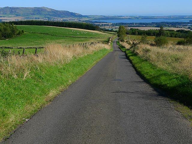 Minor road near Craigow