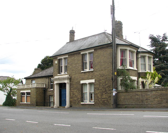 Colville House - in Station Road