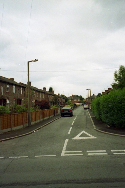 Moat Hall Avenue