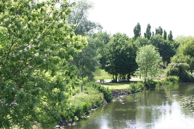 Anker river passing next to the Odeon Cinema  (2)