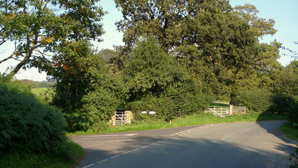 T-junction at Henbury Smithy
