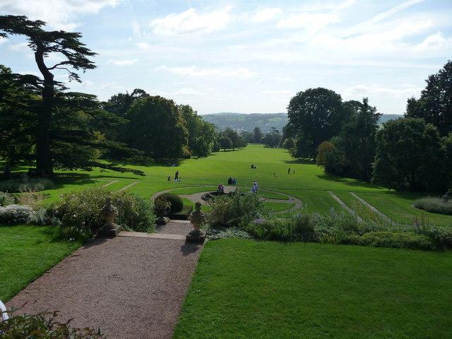 Mid Devon : Knightshayes Gardens