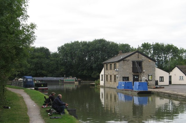 Marsworth Junction, Grand Union Canal