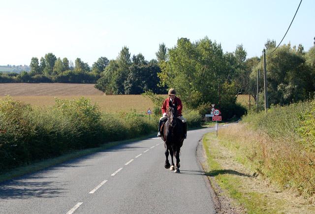 Riding north out of Grandborough