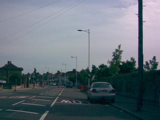 New modern lamp posts on Goodmayes Lane