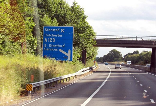 1 mile from M11 junction 8