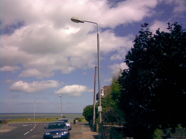 Closer view of the sea from Sea View Avenue