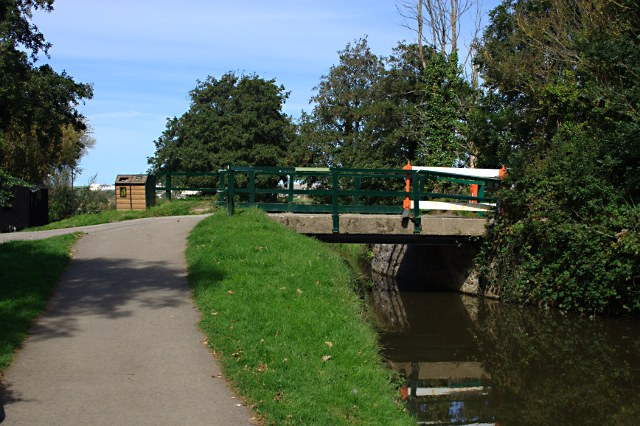 Bridge over the Bude Canal