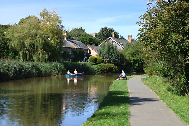 Boating and Angling on the Bude Canal