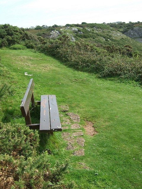 Bench atop West Cliff, nr Southgate