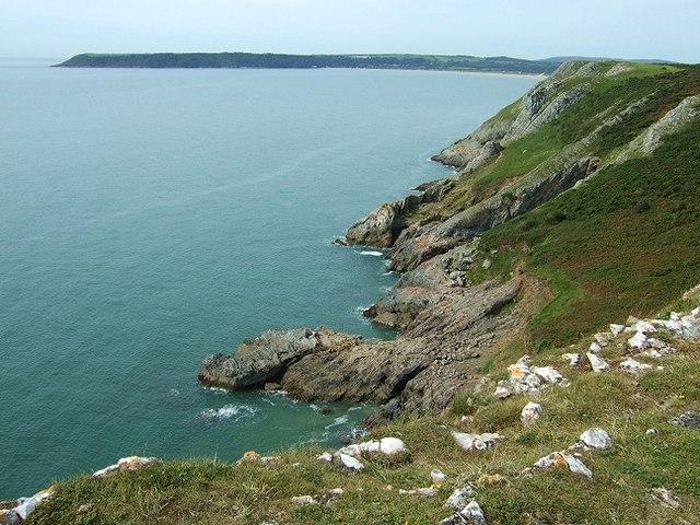 Coastline towards Three Cliffs Bay