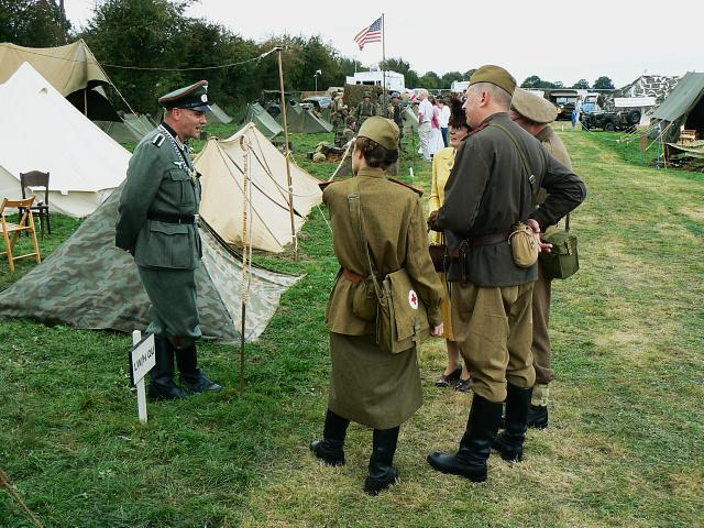 Wartime Weekend 2009 (6), Blunsdon Station
