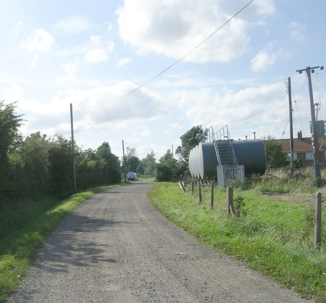 Footpath behind Hobhole Pumping Station