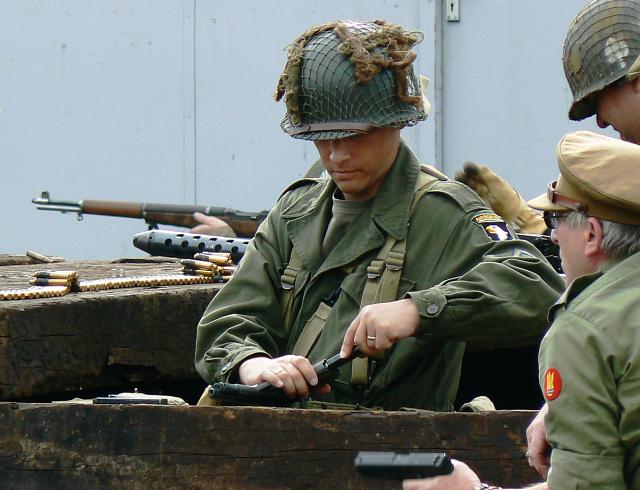 Wartime Weekend 2009 (9), Blunsdon Station