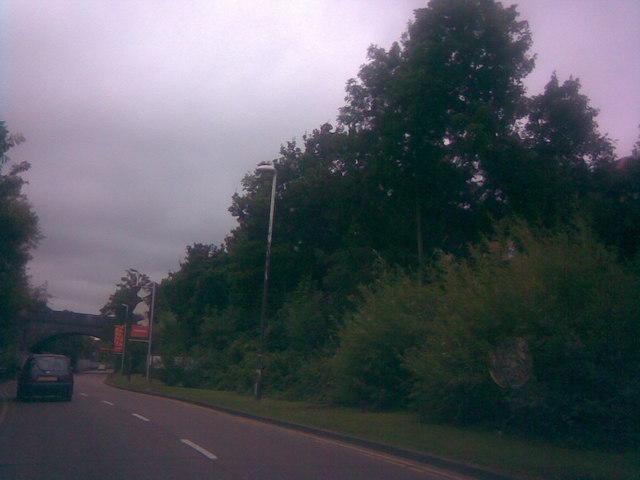 King George Avenue, Newbury Park