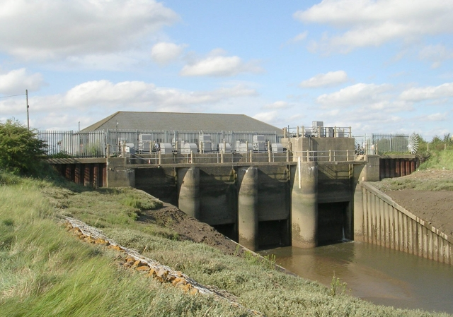 Back of Hobhole Pumping Station