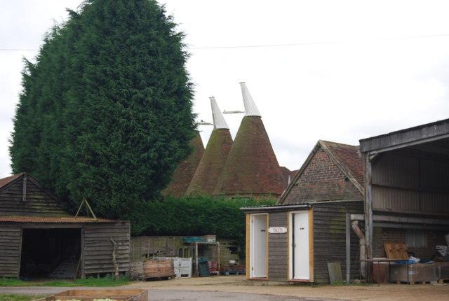 Downingbury Farm Oast house