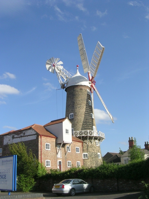 Maud Foster Windmill - Willoughby Road
