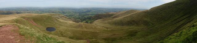 View North from Craig Cwm Llwch