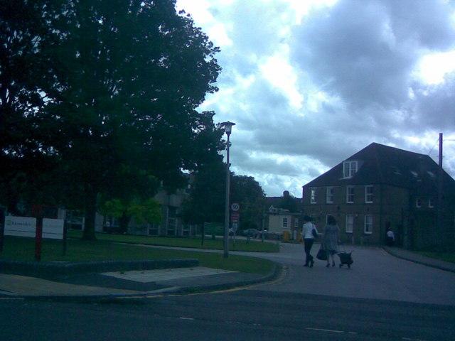 Entrance to Barnardo's and Barkingside Magistrates Court