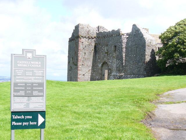 Historic Weobley Castle