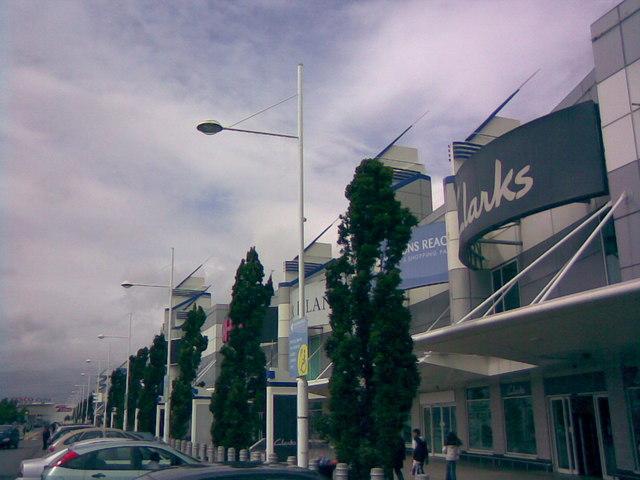 View along the Gallions Reach Shopping Park