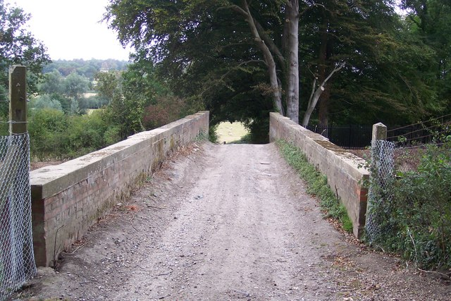 Footbridge over the railway, near Chilmans Down