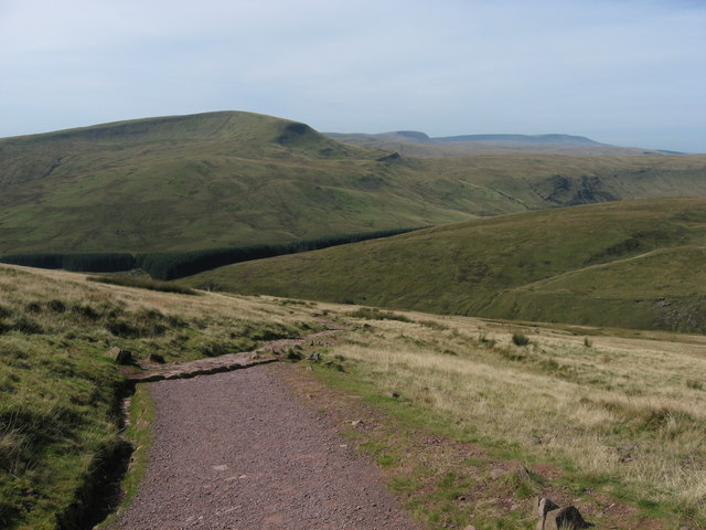 View down Beacons Way towards Fan Fawr