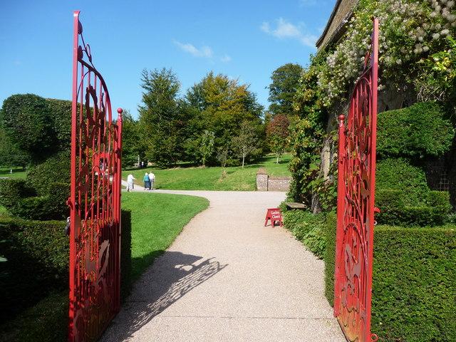 Mid Devon : Knightshayes Court, Garden Gates