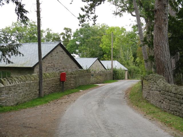 Postbox & Lane, Birley