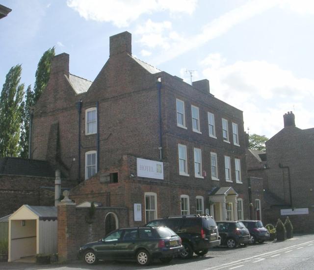 Clay House Hotel - High Street