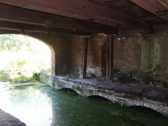 Canal level in the warehouse - Wappenshall Wharf