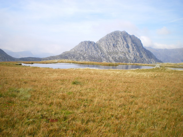 Llyn Caseg-fraith, with Tryfan beyond