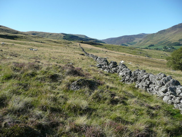 Dry stone wall on north east slopes of Meall Uaine