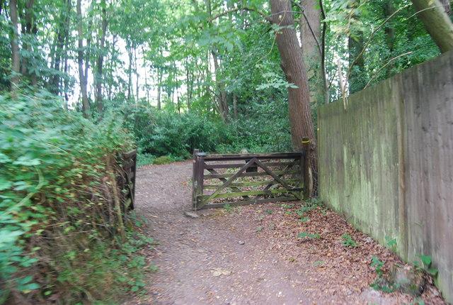 Tunbridge Wells Circular Path - exiting Snipe Wood